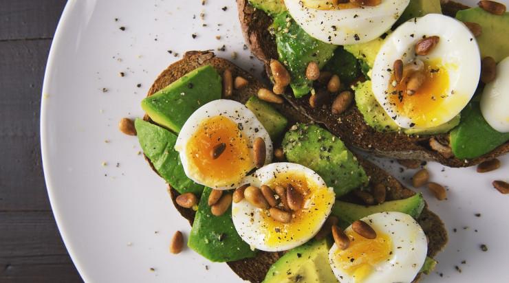 Egg salad with avocado